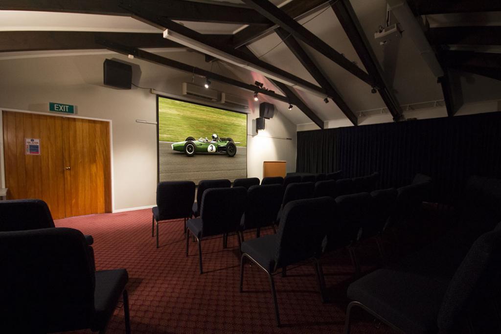 Conference/Presentation Room